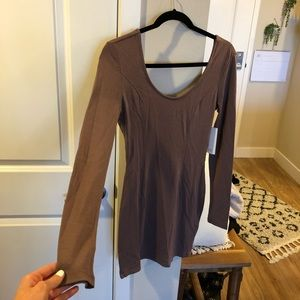 NWT🏷 Tobi Long Sleeve Dress w/ Open back